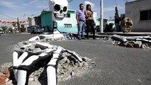 Fête des morts au Mexique : un impressionnant squelette sort de terre