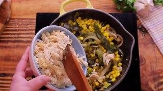 Crepas saladas de chile poblano con elote