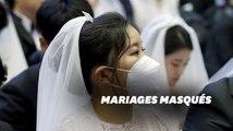 En Corée du Sud, le coronavirus n'a pas empêché ces couples de se marier en masse... avec des masques