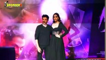 Sonam Kapoor Criticized For Her Outfit While Posing With Anil Kapoor