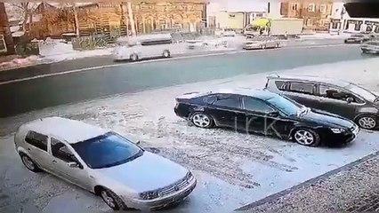 Quand deux abrutis veulent la même place de parking