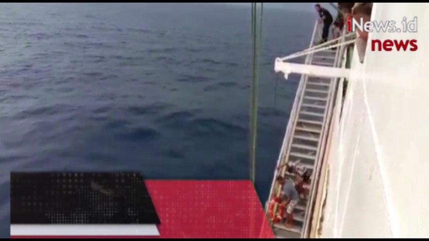 Video Aksi Heroik 7 Prajurit Kostrad Selamatkan Penumpang Kapal Terjatuh di Laut Banda