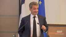 Lors de ses sorties publiques, Nicolas Sarkozy ne manque jamais une occasion de tacler François Hollande
