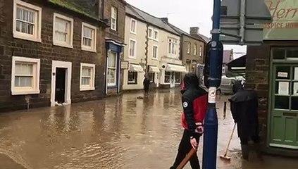 Dramatic scenes as Masham floods  - video credit: Daniel Bartosik.