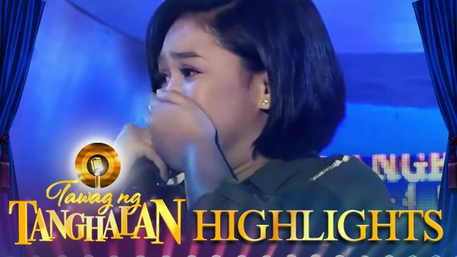 Nikole Kyle Bernido steals the golden microphone from Paulette Cambronero | Tawag ng Tanghalan