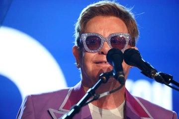 """Michael Jackson traité de """"malade mental"""" par Elton John"""