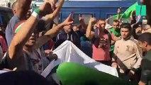 """À Alger, le """"Hirak"""" massivement mobilisé pour fêter une nouvelle indépendance"""