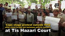 Delhi cops stage protest outside Police HQ