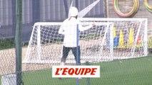 Neymar s'est entraîné en solo - Foot - L1 - PSG