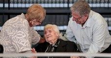 À 92 ans, elle rencontre les descendants des juifs qu'elle a sauvés pendant la Seconde Guerre mondiale