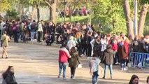 Miles de jóvenes acuden al casting de Operación Triunfo en Madrid