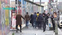 Le mur, attraction numéro 1 des touristes à Berlin