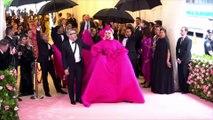 Bradley Cooper et Lady Gaga en couple ? La chanteuse répond