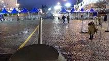 Balade dans un Char Russe sur la Place Rouge à Moscou après le défilé anniversaire de l'URSS