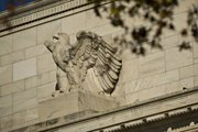 Fed Will Gradually Cut Another Three or Four Times, UniCredit's Nielsen Says