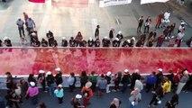 Atatürk'ün 81.yıl dönümü anısına 81 metrekarelik dev ebru çalışması