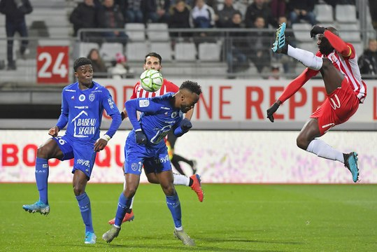 Nancy 0-0 ESTAC Résumé du match