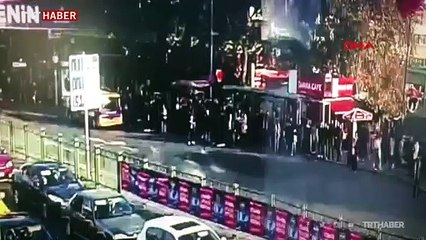 Beşiktaş'ta otobüsün durağa daldığı anların görüntüsü ortaya çıktı