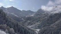 Les images des très beaux sommets enneigés près de Méribel