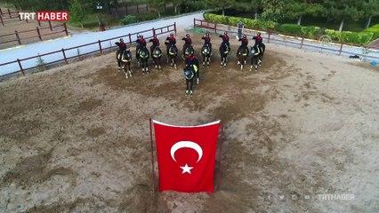 Atlı polislerden 10 Kasım'a özel anma videosu