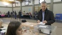 El lehendakari, Iñigo Urkullu, vota en Durango