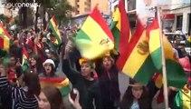 Demissões provocam vazio de poder na Bolívia