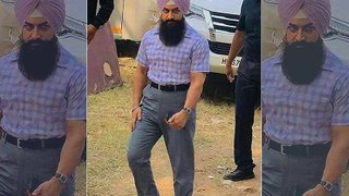Laal Singh Chaddha: After Kareena Kapoor Khan's Look, Aamir Khan's Turbanator look leaked