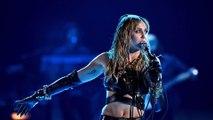 Miley Cyrus de retour à l'hôpital pour une opération des cordes vocales