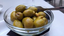Removing Just One Olive From Food Trays Saved Airline $40K A Year