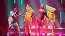 Doja Cat & Tyga Perform 'Juicy' on 'Late Night With Seth Meyers'   Billboard News