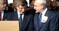 Davutoğlu ve Kılıçdaroğlu, Mümtaz Soysal'ın cenazesinde yan yana saf tuttu
