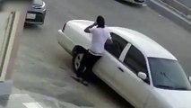 Un homme se brûle en voulant incendier une voiture