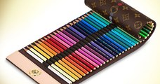 Des crayons de couleurs Louis Vuitton à 1000 dollars, ça existe !