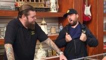 Pawn Stars: Chum Runs Wild for Hulk Hogan Mag