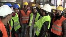 Suriyeli işçiler çöken iskelenin altında kalan mühendisi arama çalışmalarına destek verdi
