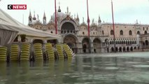 """Troisième """"Acqua Alta"""" en une semaine à Venise"""