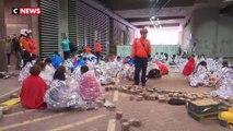 Hong Kong : l'université toujours occupée face aux forces de l'ordre