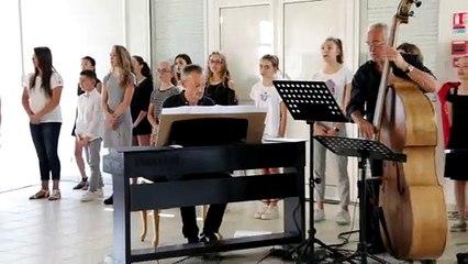 chorale du collège Jean Rostand des Martres-de-Veyre 2
