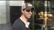 Enrique Iglesias annule des concerts à cause d'une escroquerie!