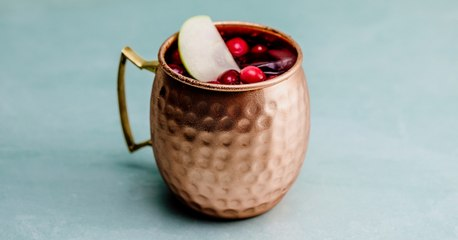 Apple Cranberry Moscow Mule Cocktail Recipe - Liquor.com