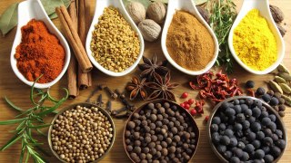 किचन का मसाला असली है या नकली, घर में ऐसे करें पहचान | Boldsky