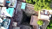Spectacular high dives into 18th century pool in Jodhpur