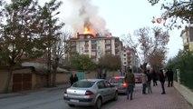 Konya'da bir binanın çatısı alev alev yandı