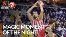 7DAYS Magic Moment of the Night: Nikola Milutinov, Olympiacos Piraeus