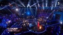 """Découvrez pourquoi Laetitia Milot a terminé en larmes hier soir son duo avec Vincent Niclo pendant les """"300 choeurs"""" sur France 3"""