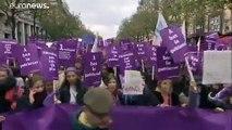 Violences faites aux femmes: mobilisation historique en France et en Italie