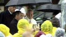 """El papa denuncia en Hiroshima el """"crimen"""" de las armas nucleares"""