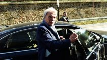 Bernard Tapie annoncé mort par Le Monde : il réagit à nouveau avec humour