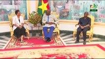 RTB / L' ambassadrice de la république de Cuba, en fin de mission au Burkina Faso, est reçue par le chef de l'état au palais de Kosyam