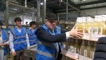 Johnson breaks no drinking pledge as he sips cider